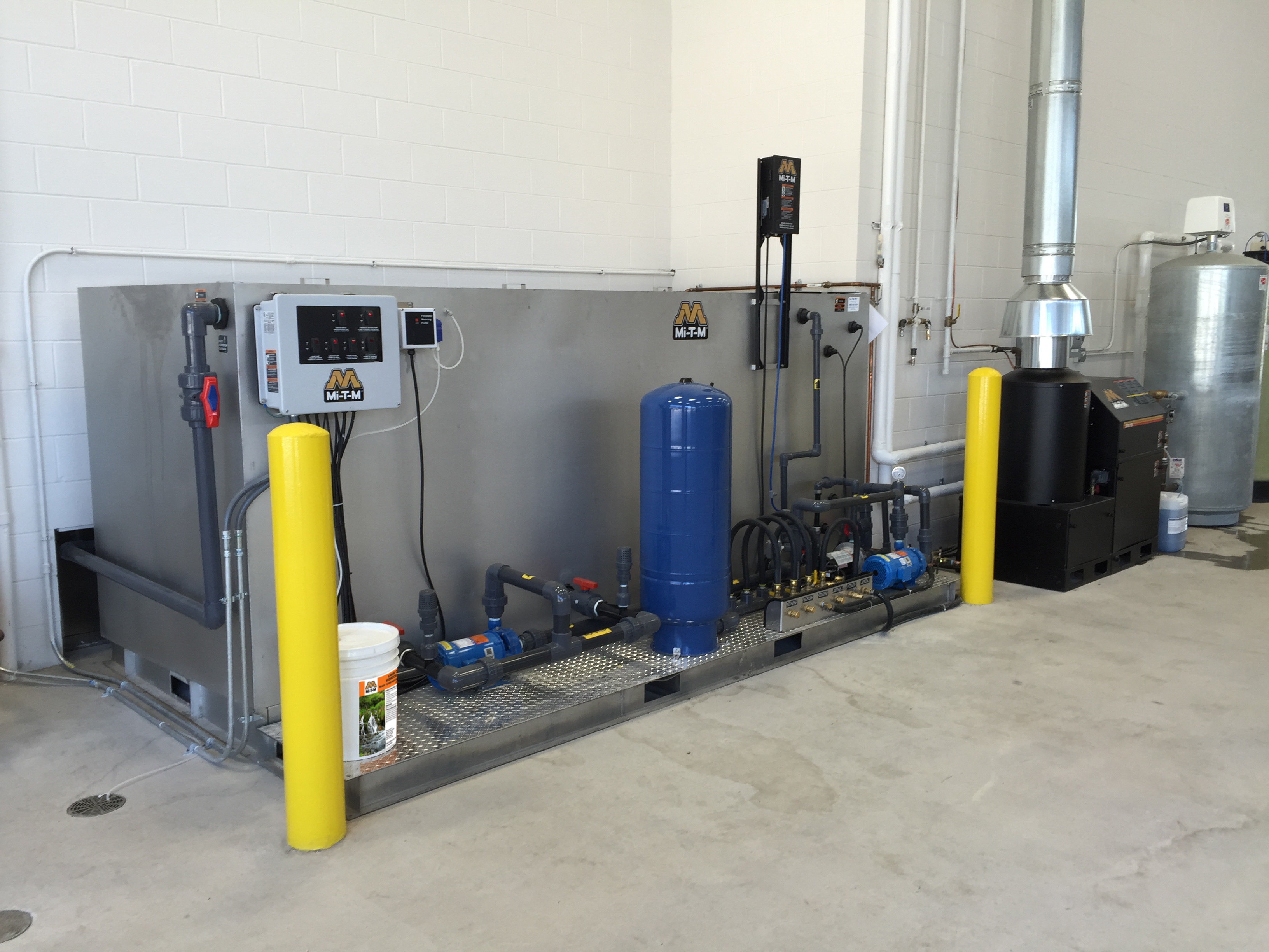 water treatment professionals at Alklean